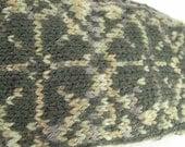 Hand Knit Norwegian Flower Mittens in Green Wool