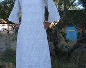 1970s White Pintuck Mexican Wedding Maxi Dress Size 10 2012269