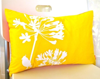 Limited Time Sale Yellow Cardinal on Agapanthus Rectangle Pillow