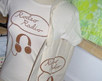 To Market Rodeo Radio Tshirt and Tote Set