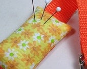 Wrist Emery Pincushion / Pin Cushion - Orange White Daisies on Yellow - dottyral