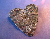 a la heart silver collaged brooch