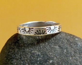 Sunburst Band Ring - Sterling SIlver