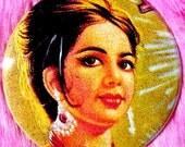 Bollywood - Pocket Mirror - Indian Pinup Girl