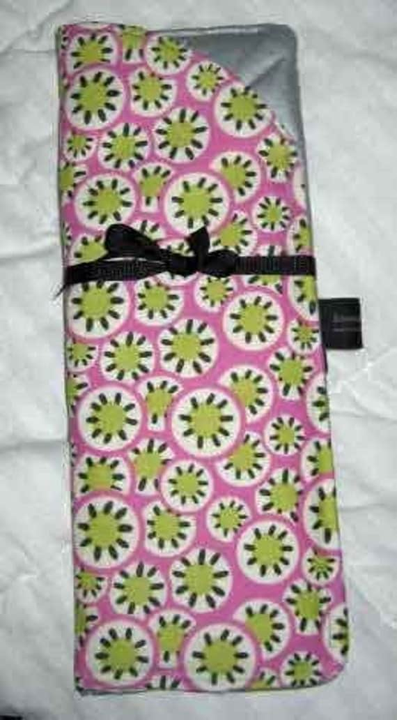 Hot Curling or Flat Iron Case   On the Go Travel Case   Amy Butler Daisy Chain Medallions