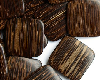 WDSQ-35PM - Wood Bead, Flat Square 35mm, Old Palm - 16 Inch Strand