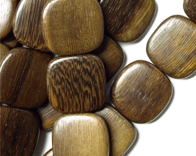 WDSQ-25RB - Wood Bead, Flat Square 25mm, Robles - 8 Inch Strand