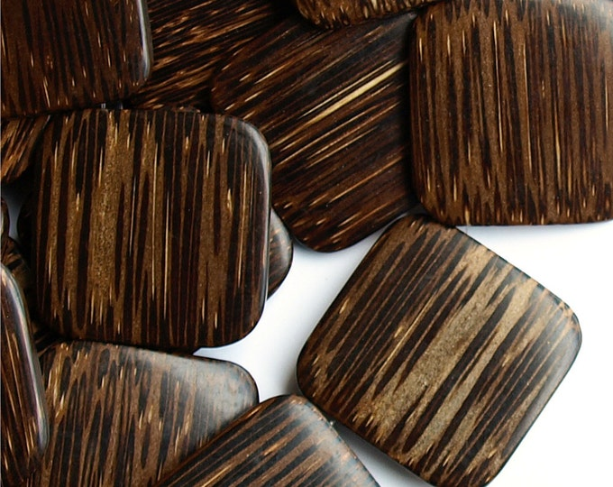 Wood Bead, Flat Square 35mm, Old Palm - 16 Inch Strand (WDSQ-35PM)