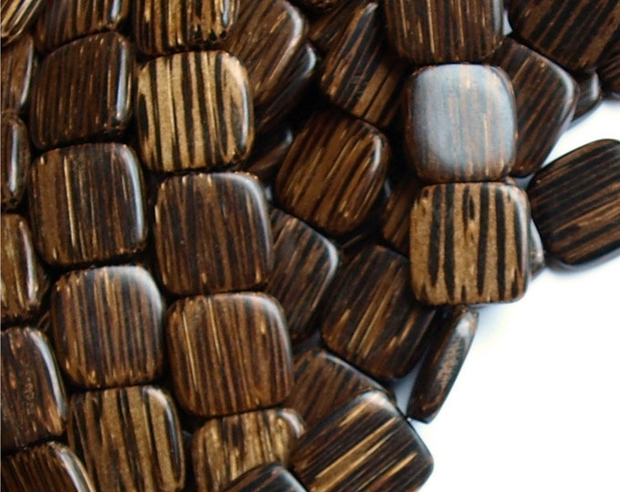 Wood Bead, Flat Square 16mm, Old Palm - 16 Inch Strand (WDSQ-16PM)