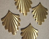 8 pcs Art Deco Vintage Style Brass Scalloped FAN Drops Jewelry Findings