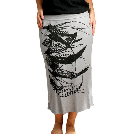 Gray Mid Length Soft Skirt with Feathers Screen Print - Large