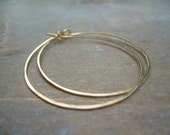 Gold Hoop Earrings . 14K Goldfilled Smooth Hammered 1.5 Inch Simple Everyday Jewelry Gift
