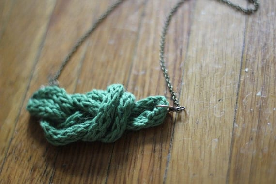 Hello Sailor Knot Necklace Knit Kit - Green