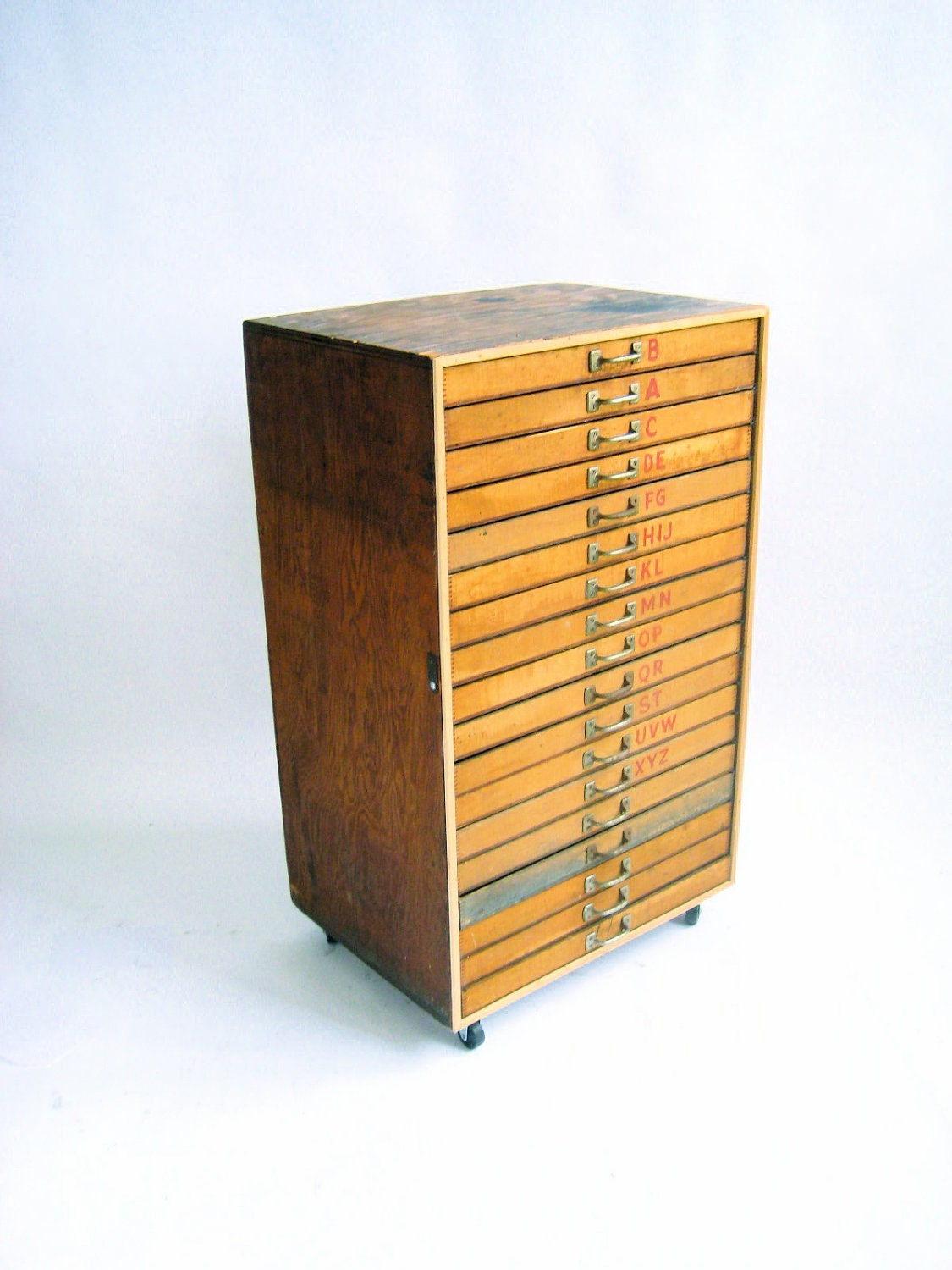 Vintage wooden type drawer cabinet for Different types of cabinets