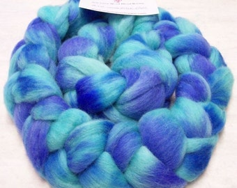 Roving Handpainted Soft Wool 4 oz Corriedale Blend Biloxi Blues