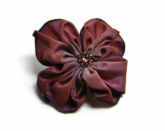 plum and bronze ribbon flower brooch pin