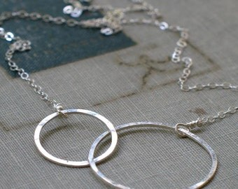 sterling silver interlocked circles necklace