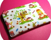 WONDERLAND Zipper Pouch
