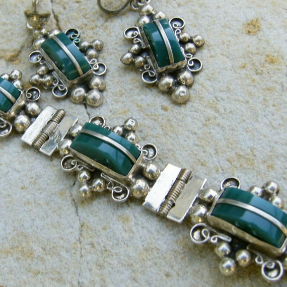 SALE  Vintage Mexico Sterling Silver Bracelet and Earrings Green Set