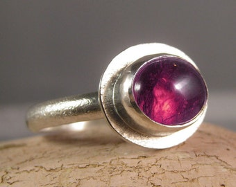 Tourmaline cabochon textured shield back silver ring- The World