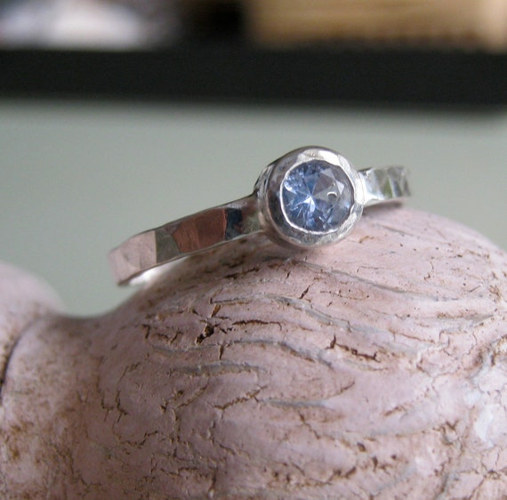Blue Sapphire ring hammered silver band -size 7.5 -To Remember