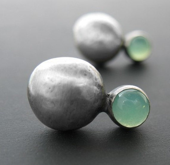 Chrysoprase and Silver Pebble Studs