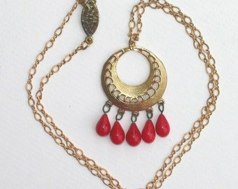 Brassy Red Necklace