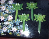 Wooden Plant Pals frog Set