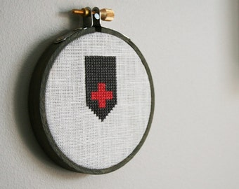 Aid Wall Wear - decor wall art plus sign cross banner aid grey white pink wood hoop embroidery cross-stitch small
