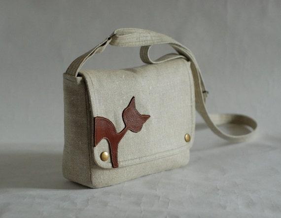 Small linen messenger bag - variegated natural linen - chestnut brown leather cat applique