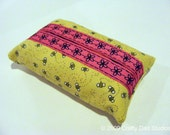 Bumble Bee Tissue Holder with Pink Trim