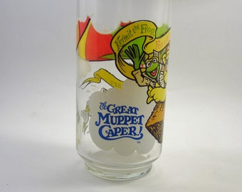 Vintage Great Muppet Caper Glass - Muppets Drinking Glass - Kermit The Frog - Fozzie Bear - Gonzo - 1980's Kitsch