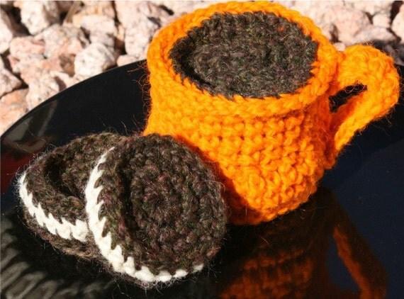 Wool Play Food Playfood-- Mug of Coffee and 2 Chocolate Sandwich Cookies FREE SHIPPING