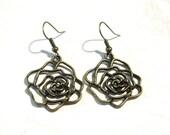Antique Brass Rose Earrings, Rose Earrings, Flower Earrings, Brass Earrings, Dangle Earrings, Lover Gift, Gift For Mom, Gift for her