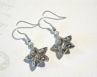Elegant Silverplated Star Earrings, Star Earrings, Dangle Earrings, Christmas Jewelry, Christmas Gift, Handmade Earrings, BFF Gift