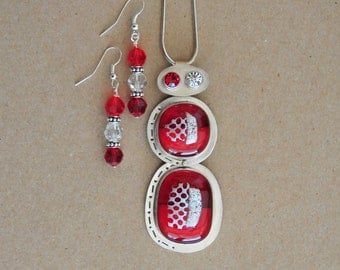 Silver and Glass Necklace Set