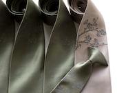 4 wedding ties. Custom men's neckties, groomsman matching silkscreen design. Groomsmen gift ideas. Microfiber ties, wedding group discount