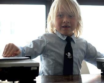 Boys skull necktie. Wee pirate. Baby, toddler, or youth (big kids) size tie. Silkscreen design.