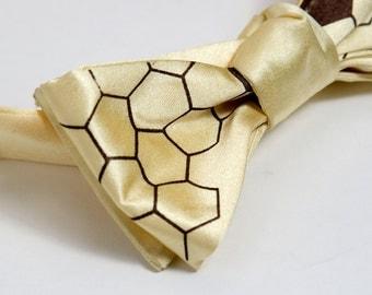 Oh Honey bow tie. Butter yellow men's tie, self tie. Silkscreened honeybees. Chocolate brown print. Adjustable.