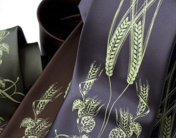 Beer. Hops, barley and wheat. Silkscreen necktie. Apple green ink, standard width.