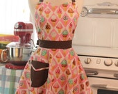 The BELLA Vintage Inspired Ice Cream Cones with Brown Contrast Apron