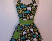 Apron Retro Style Sweetheart Neckline Zoo Animals Full Apron MAGGIE