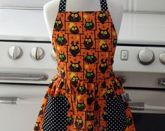 Vintage Inspired Halloween Owls Apron for Little Girls