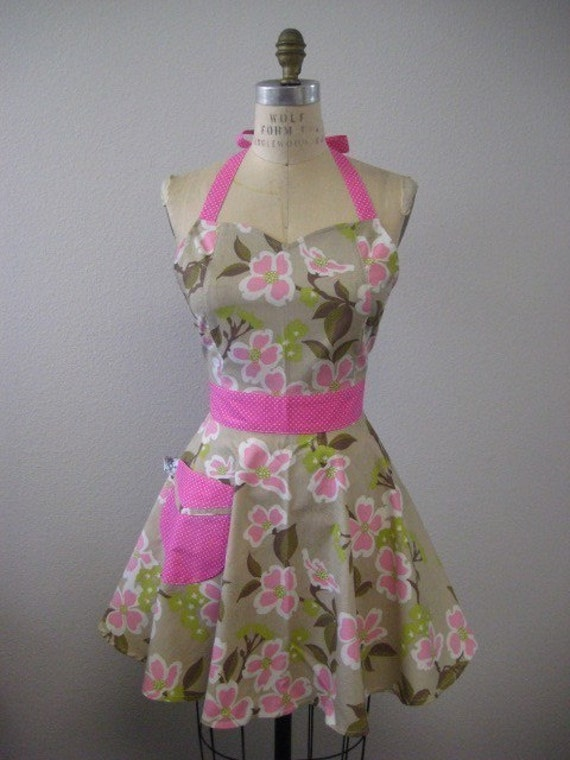 The BELLA Vintage Inspired Pink Dogwood Bloom Full Apron