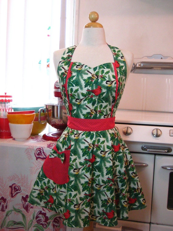 Apron Retro Style Sweetheart Neckline Christmas Cardinal Birds and Hollies MAGGIE Full Apron