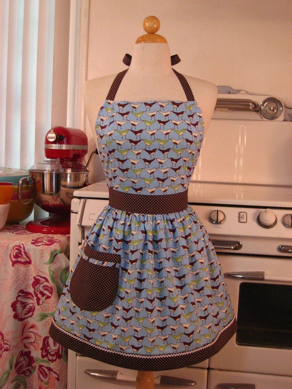 The CHLOE Vintage Inspired Marching Birds on Blue Full Apron