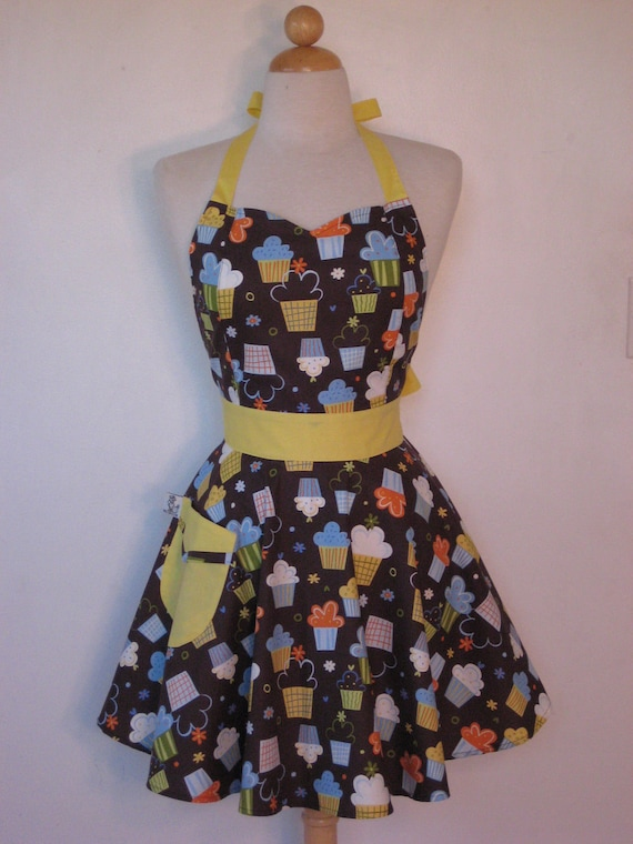 Apron Brown Cupcakes BELLA