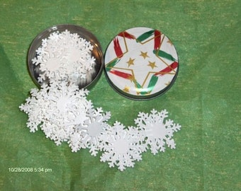 2 CHRISTMAS Gift Box Filled with White Snow Flakes
