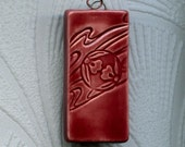 Kimono Pattern Transparent Wine Red Ceramic Pendant Necklace