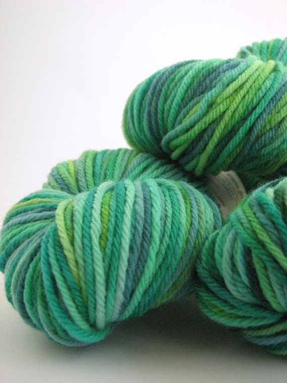 Hand-dyed DK merino wool - light worsted yarn - 100grams - double knitting - Perran Yarns - Bud - spring green, emerald, teal blue